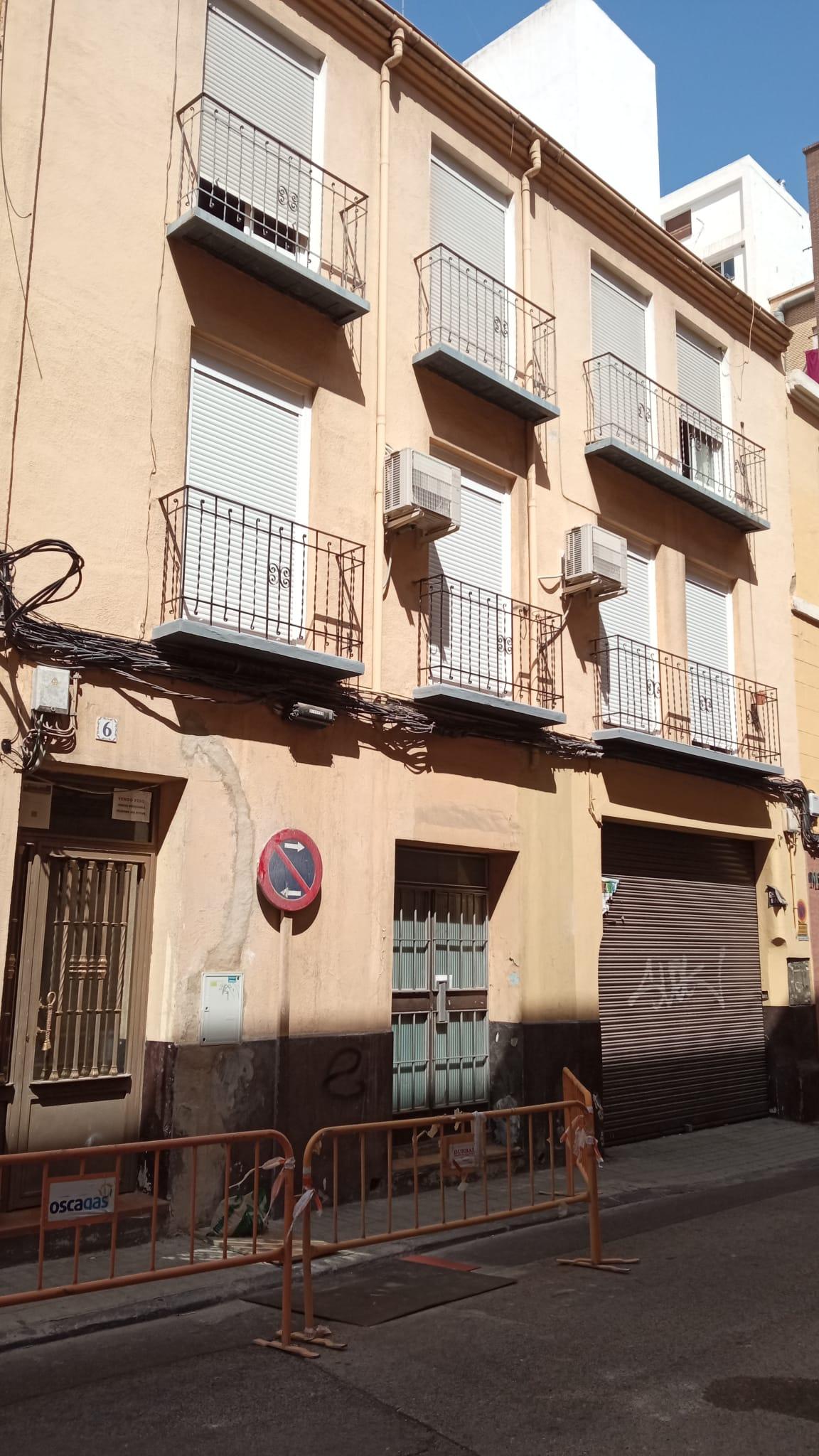 PISO EN DELICIAS JUNTO AVD DE MADRID